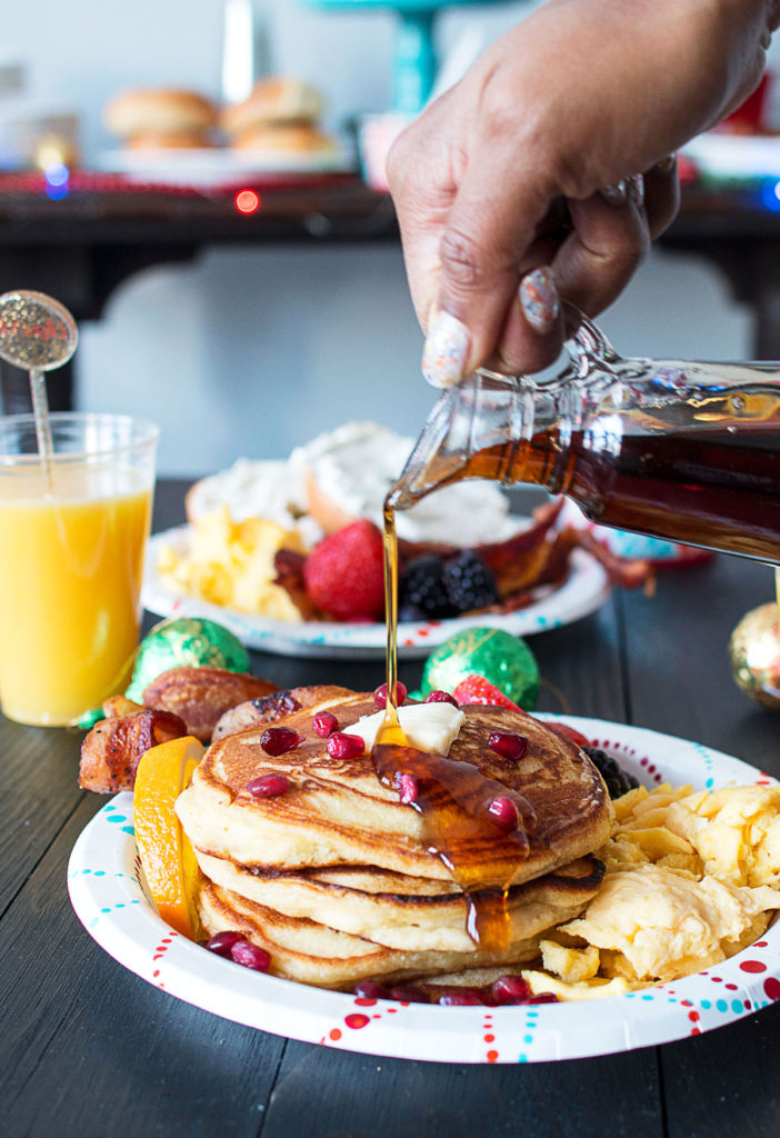 orange-ginger-pancakes-holiday-brunch-tips-5-702x1024.jpg