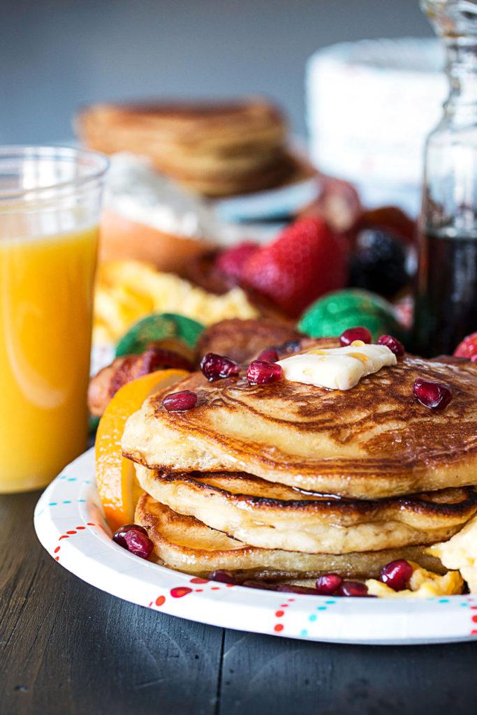 orange-ginger-pancakes-holiday-brunch-tips-8-683x1024.jpg